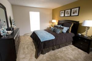 Mountain Lake Apartments model bedroom